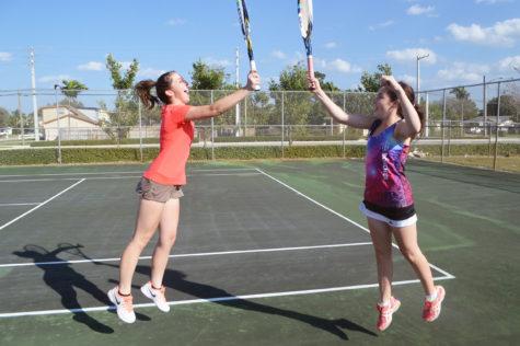 Jupiter High's girls' tennis team wins districts