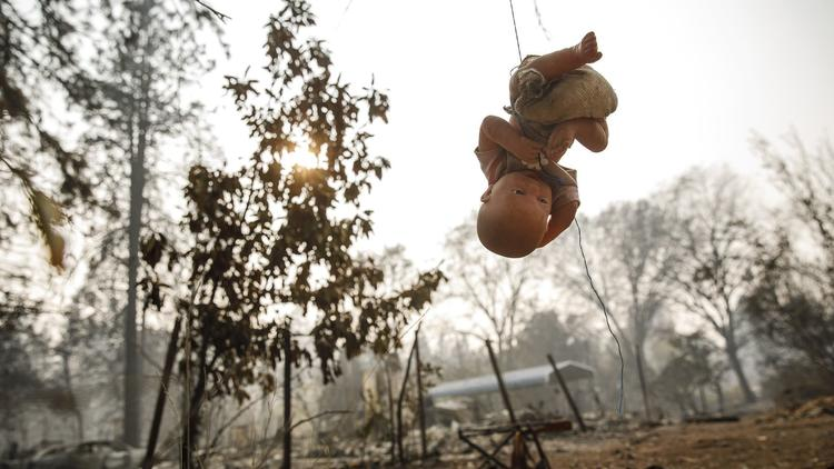 Calif. wildfires aftermath: the chaos isn't over yet