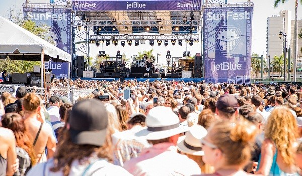 The crowd at Sunfest 2018