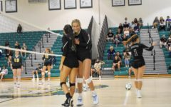 Girls' volleyball defeats Suncoast 3-2