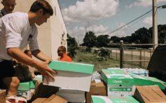 Bahamian hurricane survivors flee to Palm Beach County
