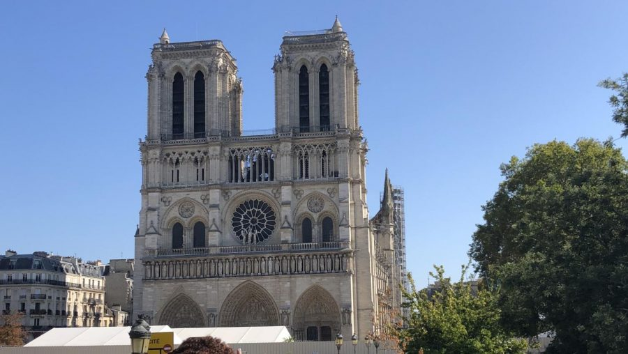 A+picture+of+the+Notre+Dame+Cathedral+taken+before+the+devastating+fire.+